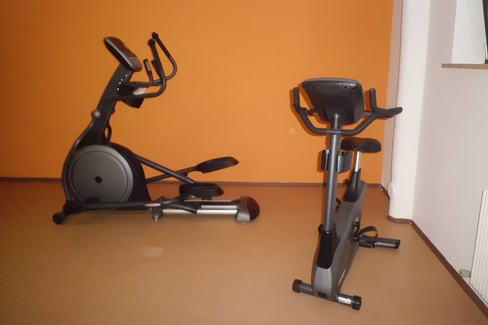 Move your body in fitness room